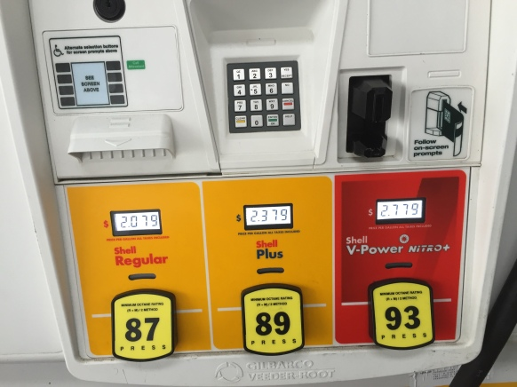 Slightly less of a price spread at the Shell Gas Station but clearly there is no price consistency as the gasoline and oil companies battle to squeeze our dollars